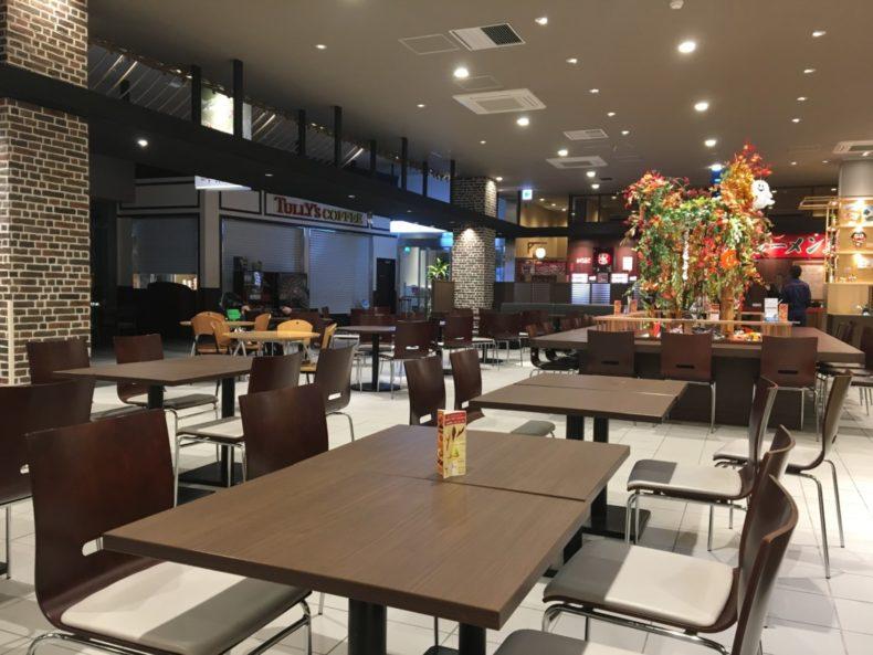 古賀SA下り フードコート飲食スペース